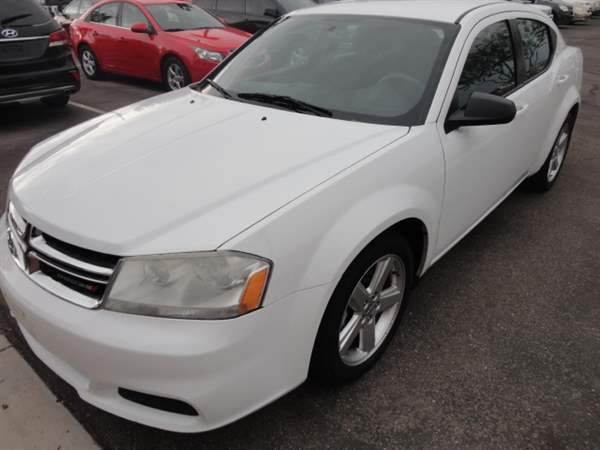 Pre-Owned 2013 DODGE AVENGER 4 DOOR SEDAN