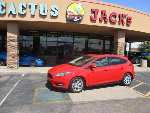 Pre-Owned 2015 FORD FOCUS 4DHB