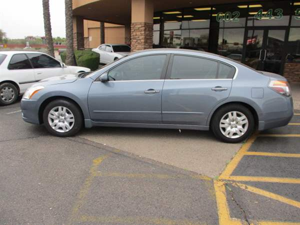 Pre-Owned 2012 NISSAN ALTIMA 4 DOOR SEDAN