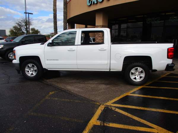 Pre-Owned 2015 CHEVROLET SILVERADO 4 DOOR CAB; CREW