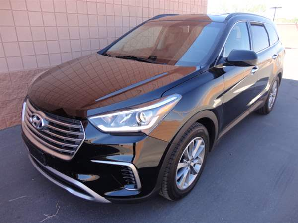Pre-Owned 2017 HYUNDAI SANTA FE 4 DOOR WAGON