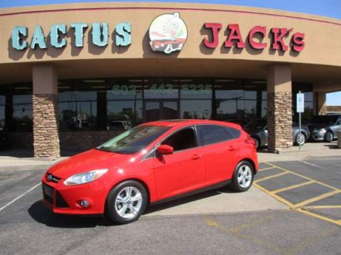 Pre-Owned 2012 FORD FOCUS 4DHB