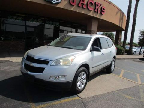 Pre-Owned 2011 CHEVROLET TRAVERSE 4 DOOR WAGON
