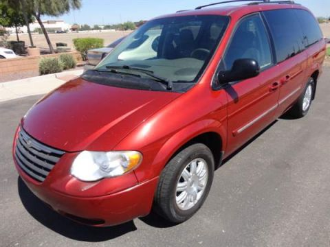 Pre-Owned 2007 CHRYSLER TOWN COUNTRY 4 DOOR VAN; EXTENDED