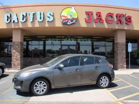 Pre-Owned 2013 MAZDA Mazda3 4 DOOR HATCHBACK