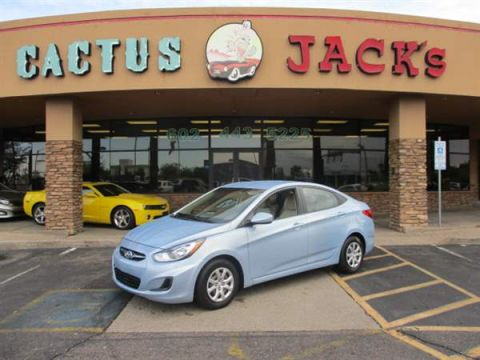 Pre-Owned 2013 HYUNDAI ACCENT 4 DOOR SEDAN