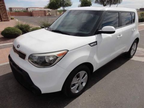 Pre-Owned 2015 KIA SOUL 4 DOOR WAGON